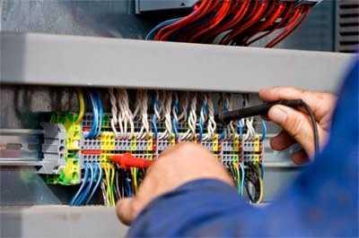 Thợ Chuyên sửa điện giá rẻ tại tphcm