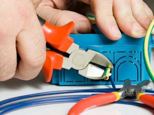 Thợ sửa điện tại nhà tân phú