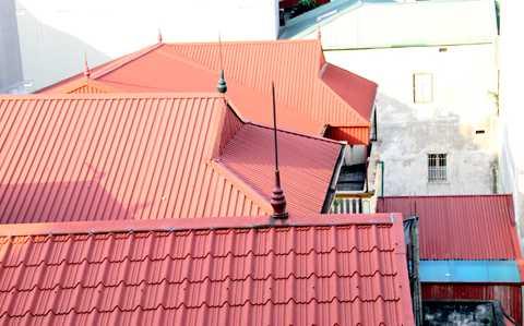 Thợ lợp mái tôn tại quận tân bình tphcm - Công ty chuyên chống thấm - Sửa chữa nhà - Sơn nhà - Điện nước