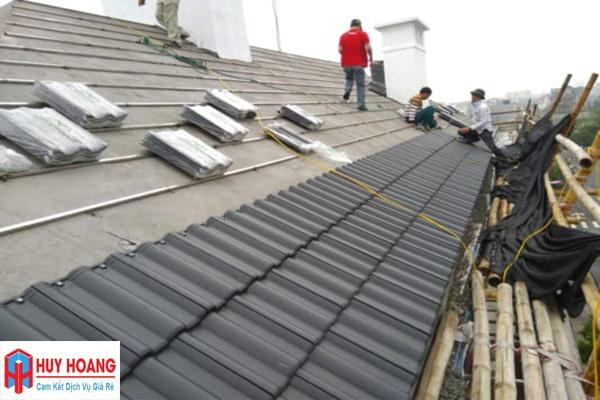 Thay tôn mái nhà có phải xin phép không
