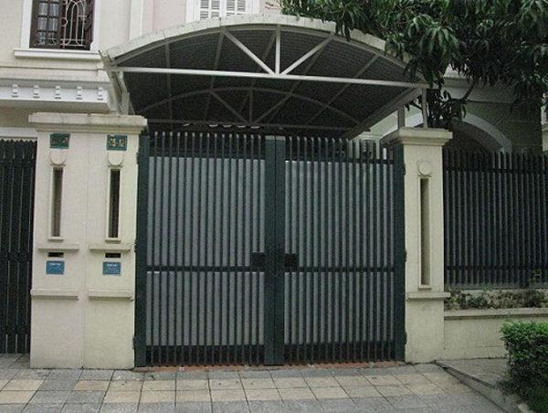 Tư vấn báo giá cửa cổng sắt đẹp tại HCM