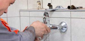sửa chữa vòi nước
